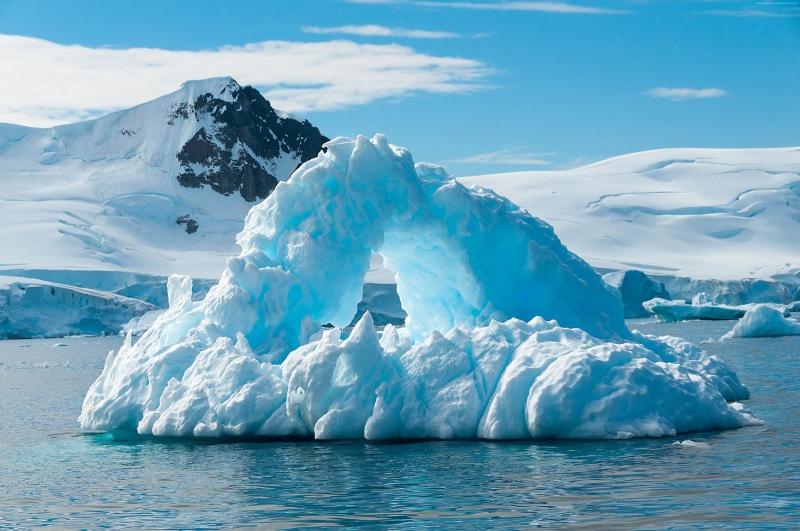 Antartika Buzul Dağı 1 HD Doğa Manzaraları Kanvas Tablo