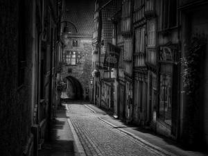 Ara Sokak Siyah Beyaz Fotoğraf Kanvas Tablo