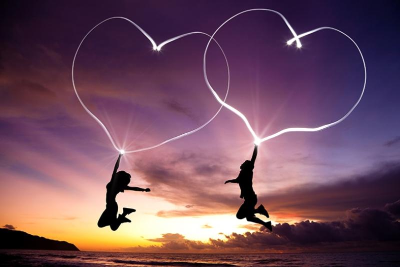 Aşk ve Sevgi Işıklı Kalpler Gün Batımı Aşk & Sevgi Kanvas Tablo
