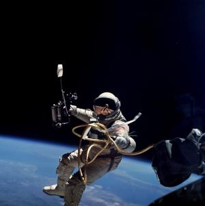 Astronot Dünya & Uzay Kanvas Tablo