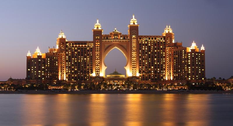 Atlantis Dubai Şehir Manzarası Dünyaca Ünlü Şehirler Kanvas Tablo