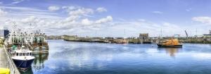 Balıkçı Limanı ve Tekneler Panaromik Kanvas Tablo