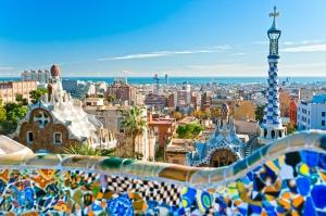 Barcelona Gaudi Dünyaca Ünlü Şehirler Kanvas Tablo