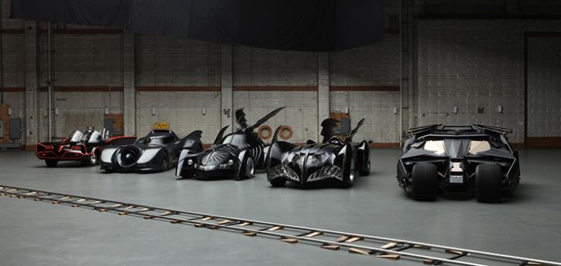 Batman Tüm Batmobiller Kanvas Tablo
