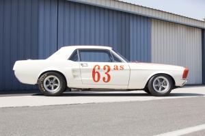 Beyaz Ford Mustang 1967 Model 3 Klasik Otomobil Araçlar Kanvas Tablo