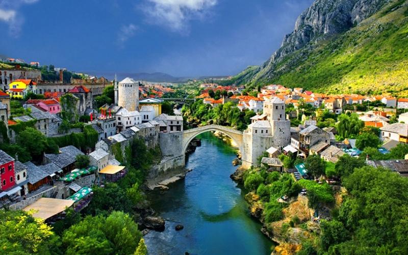 Bosna 7 Dünyaca Ünlü Şehirler Kanvas Tablo