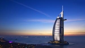 Burj Al Arab Hotel Gece Şehir Manzarası Dünyaca Ünlü Şehirler Kanvas Tablo