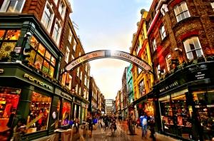 Carnaby Sokağı Londra Dünyaca Ünlü Şehirler Kanvas Tablo