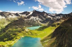 Ceresole İtalya Krater Gölü Karlı Dağlar Doğa Manzaraları Kanvas Tablo