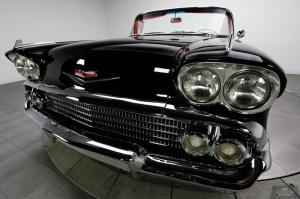 Chevrolet Impala Onden Gorunum 1 Eski Amerikan Klasik Arabalar Kanvas Tablo