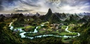 Çin Guilin Köyü Manzarası Kanvas Tablo