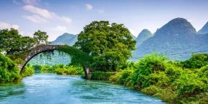 Çinde Yulong Köprüsü Nehir Doğa Manzaraları Kanvas Tablo