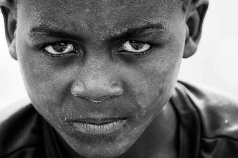 Çocuk Siyah Beyaz Fotoğraf Kanvas Tablo
