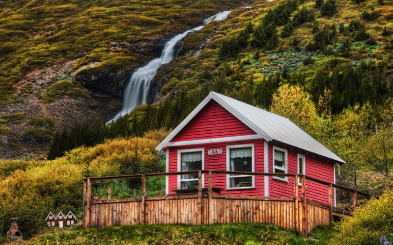 Dağ Evi Doğa Manzaraları Kanvas Tablo