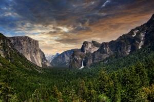 Dağ ve Orman Manzarası 2 Doğa Manzaraları Kanvas Tablo