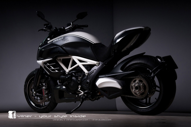 Ducati Diavel Motorsiklet-2 Araçlar Kanvas Tablo