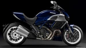 Ducati Diavel Motorsiklet 3 Araclar Kanvas Tablo