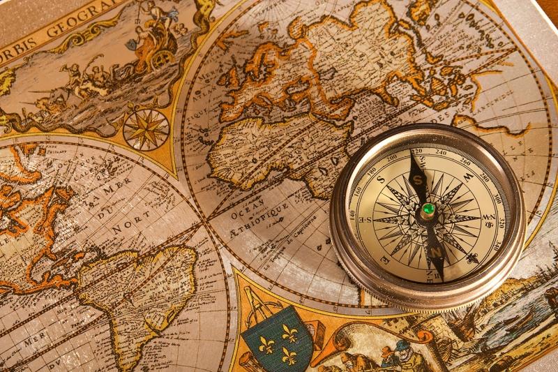 Dunya Haritasitasi ve Pusula 3 HD Goruntu Eski Cizim Dunya Haritasi Cografya Canvas Tablo