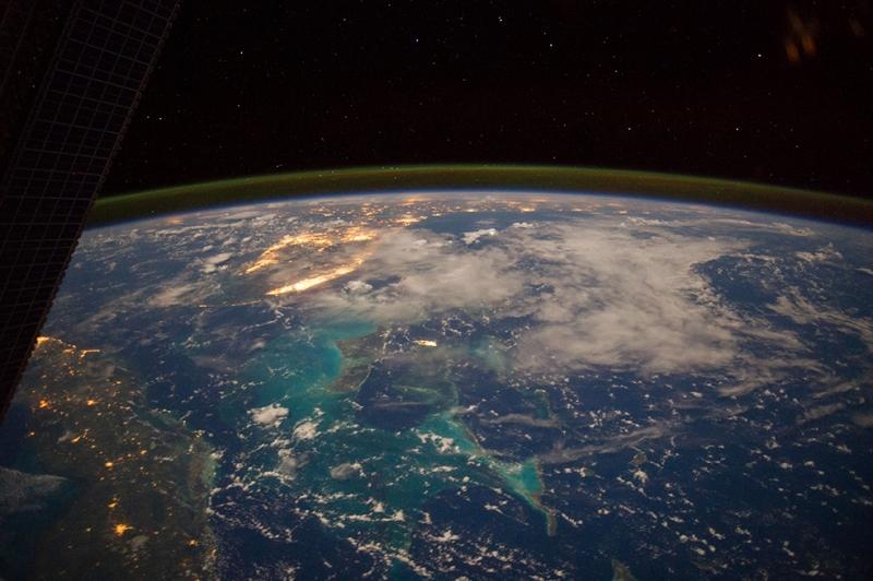 Dünyanın İlk Fotoğrafı Dünya & Uzay Kanvas Tablo