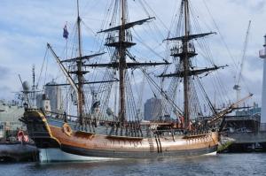 Eski Savaş Gemisi Popüler Kültür Kanvas Tablo