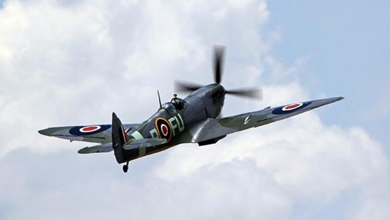 Eski Savaş Uçak Gökyüzü Askeri Kanvas Tablo