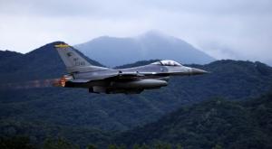 F16 Uçağı Askeri Kanvas Tablo