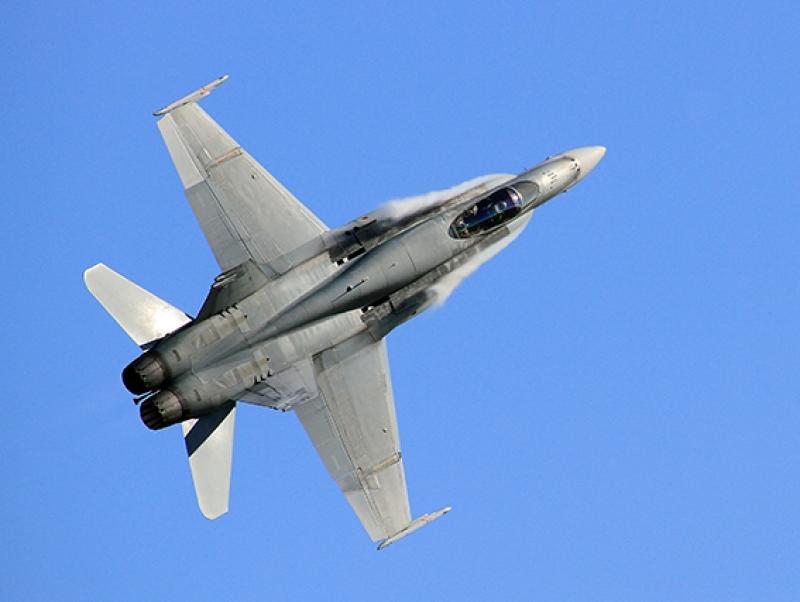 F18 Jet Savaş Uçak Askeri Kanvas Tablo