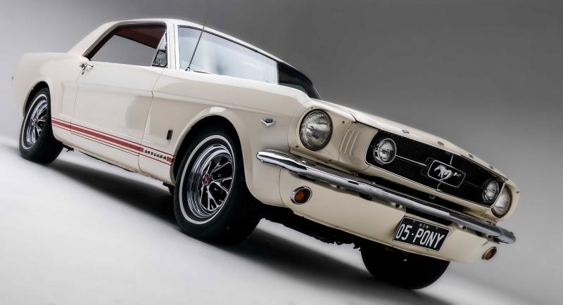 Ford 1966 Model Mustang 2 Siyah Beyaz Klasik Otomobil Araçlar Kanvas Tablo