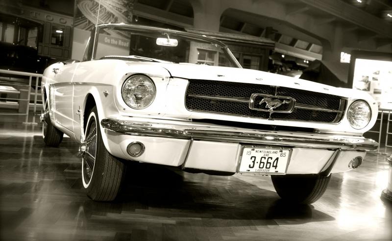 Ford Mustang 1967 Siyah Beyaz Model 1  Klasik Otomobil Araçlar Kanvas Tablo