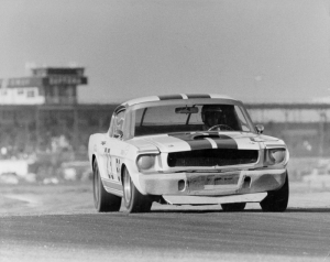 Ford Mustang 1967 Siyah Beyaz Model 3 Klasik Otomobil Araçlar Kanvas Tablo