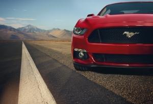 Ford Mustang Kırmızı Spor Otomobil Kanvas Tablo