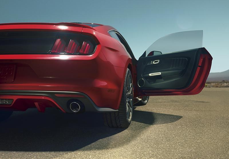 Ford Mustang Spor Otomobil Kırmızı Kanvas Tablo