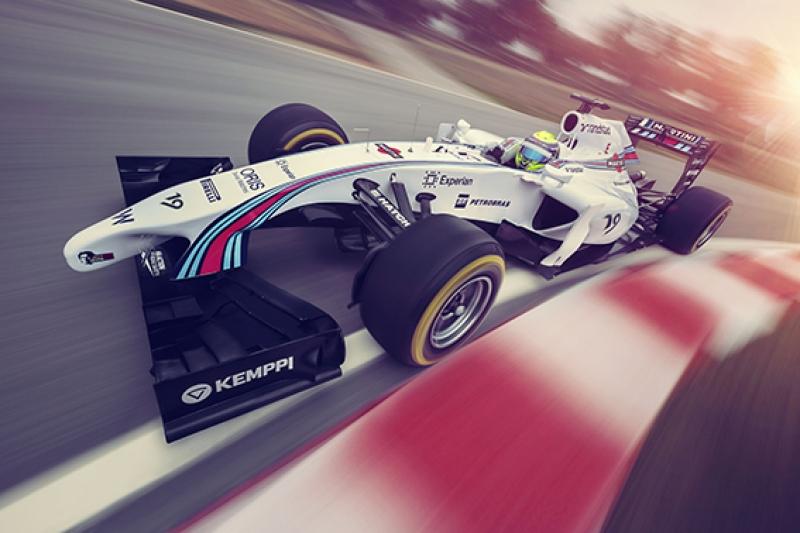 Formula Arabası Yarış Pistinde Kanvas Tablo