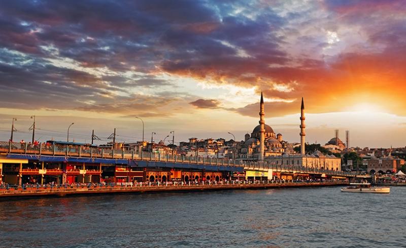 Galata Köprüsü İstanbul Dünyaca Ünlü Şehirler Kanvas Tablo