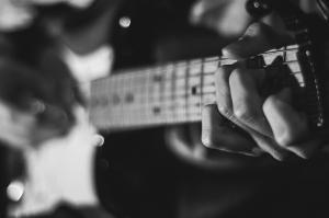 Gitarist 2 Siyah Beyaz Fotoğraf Kanvas Tablo