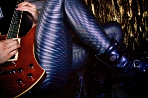 Gitarist Kız Fotoğraf Kanvas Tablo
