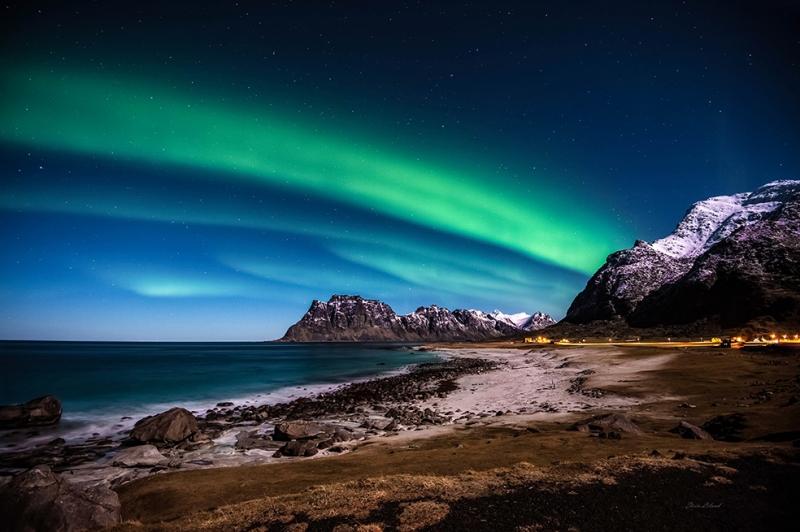 Gökyüzünde Renkli Işıklar Doğa Manzaraları Kanvas Tablo