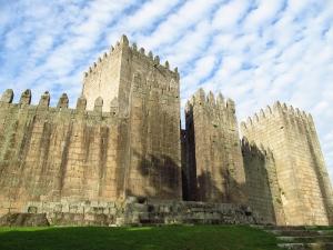 Guimaraes Kalesi Portekiz Unesco Dünya Kültür Mirasları Kanvas Tablo