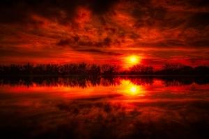 Gün Batımı Manzara Kızıl Işıklar Kanvas Tablo