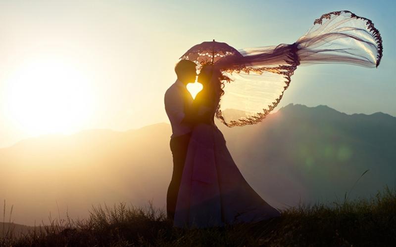 Gün Batımında Aşk & Sevgi Kanvas Tablo 3