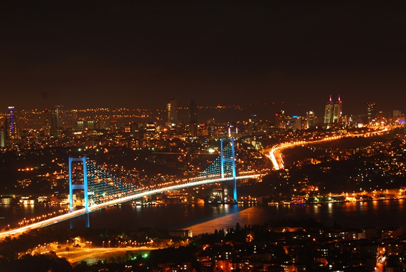 İstanbul Boğazı Dünyaca Ünlü Şehirler Kanvas Tablo