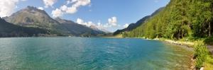 İsviçre Alp Dağları Yeşil Vadi Mavi Göl Yüksek Karlı Alp Dağları Dağ Evleri-16 Muhteşem Doğa Manzaraları Kanvas Tablo