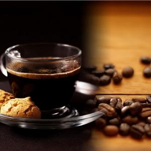 Kahve Cekirdekleri Ve Bir Fincan Kahve 8 Lezzetler Kanvas Tablo