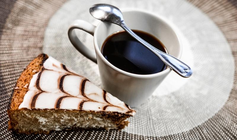 Kahve ve Tatlı Lezzetler Kanvas Tablo