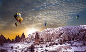Kapadokya ve Balonlar 2 Dünyaca Ünlü Şehirler Kanvas Tablo