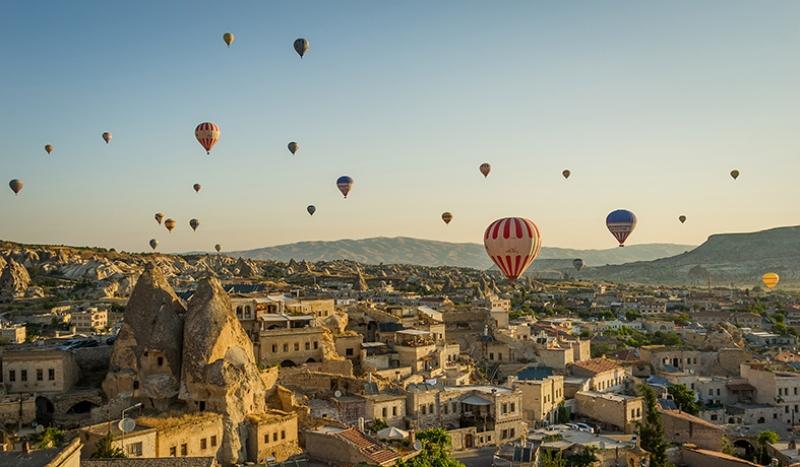 Kapadokya ve Balonlar Dünyaca Ünlü Şehirler Kanvas Tablo