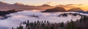 Karlı Sisli Dağlar Gün Batımı Yeşil Orman Doğa Manzaraları Kanvas Tablo