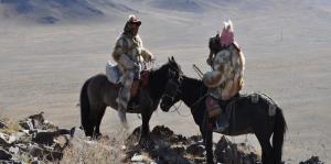 Kazak Türkleri 2 Kartalla Avlanma Fotoğraf Kanvas Tablo