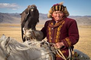 Kazak Türkleri 5 Kartalla Avlanma, Kartal Yetiştiricileri Fotoğraf Kanvas Tablo