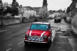 Kırmızı Mini Cooper Siyah Beyaz Fotoğraf Kanvas Tablo